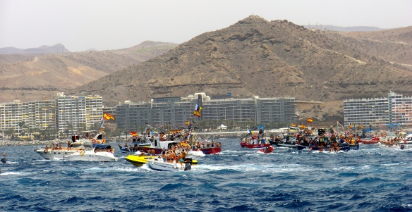 Shipping St Carmen to Mogan (with a totally-no-obvious plug for Per's hotel in the background, 2012)